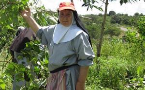 Una misionera española encuentra agua en Kenia tras 11 años de excavaciones