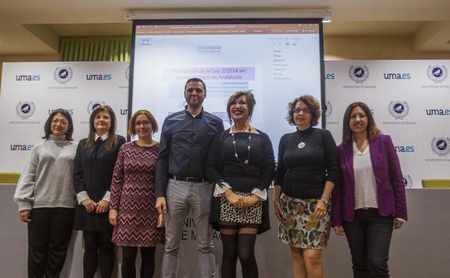Tres profesores analizan el impacto de la Ley Trans andaluza