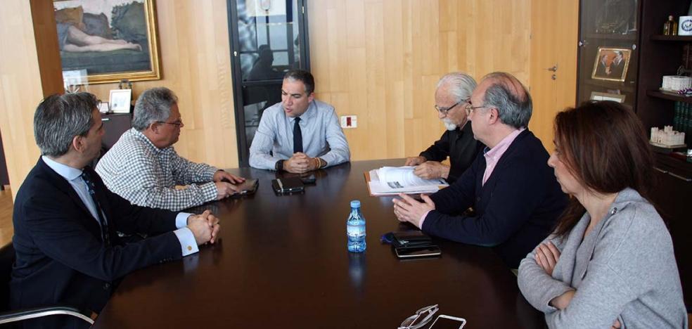 La Diputación estudiará un vial como alternativa al corte al tráfico del Puente Nuevo