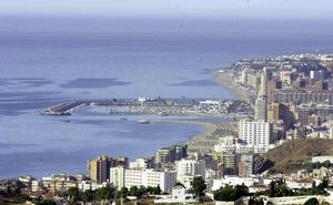 Detienen a dos hombres por vender droga a un menor en Fuengirola