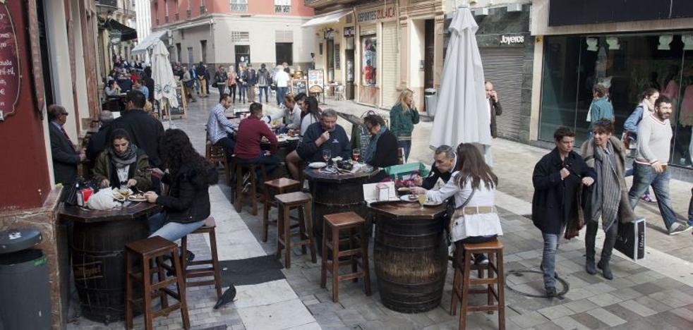 El Ayuntamiento se olvida de invitar a los hosteleros a la reunión sobre las Zonas Acústicamente Saturadas