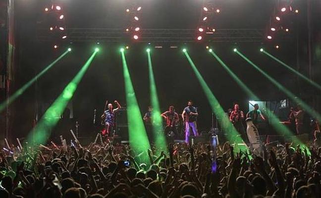 Más de 200 bandas y djs participan en el concurso Weekend Beach Festival Torre del Mar 2018