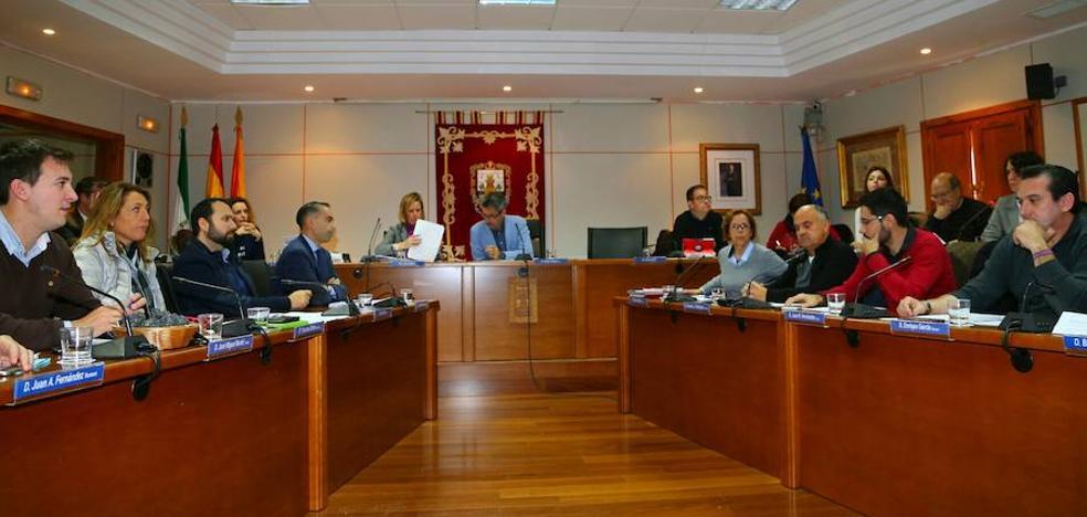 Benalmádena analizará posibles cambios en las retribuciones al alcalde y los ediles