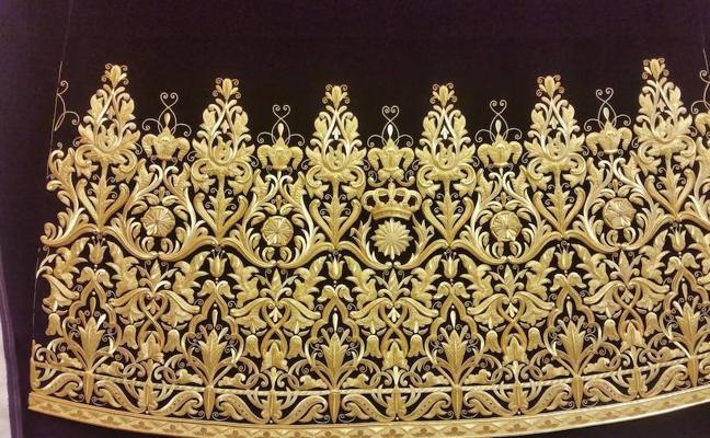 El Nazareno del Paso estrena una túnica bordada en oro