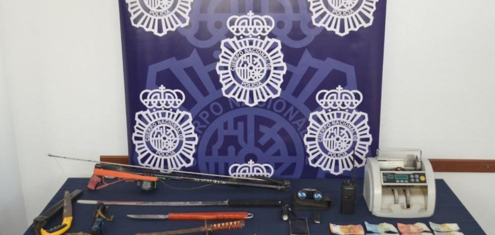 Desmantelado en Las Albarizas un punto de venta de drogas al menudeo