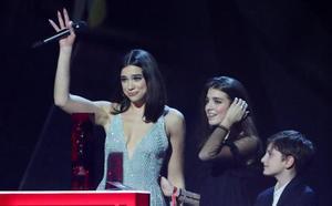 Dua Lipa y Stormzy triunfan en la reivindicativa gala de los Brit