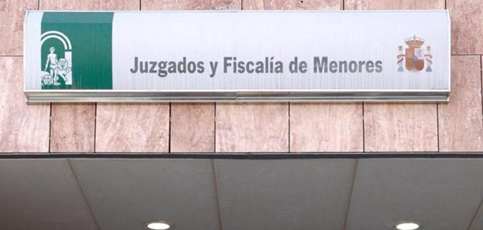 Deniegan la orden de alejamiento al menor que denunció una violación de dos compañeros de instituto en Málaga