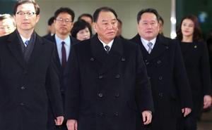 Las dos Coreas concluyen su «idilio olímpico» y tienden la mano a Estados Unidos