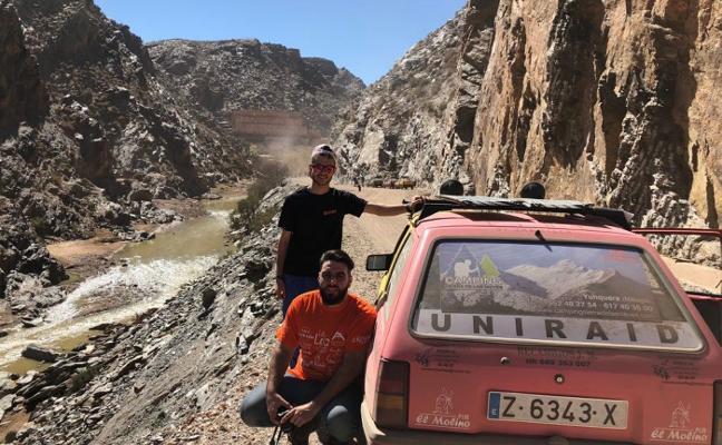 Recorriendo el Sahara por una buena causa