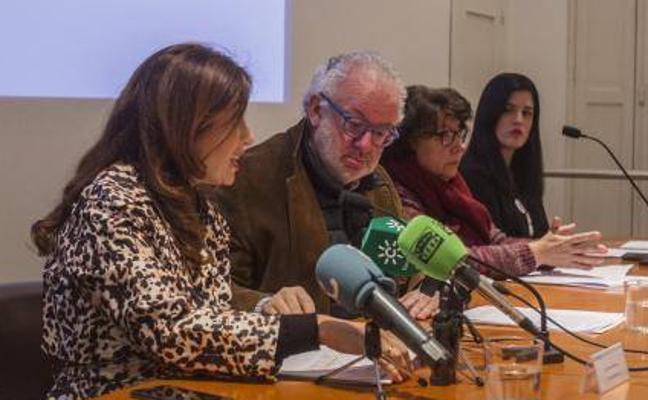 Fernando Francés, sobre sus fotos con Invader: «Mi obligación es conocer a todos los artistas»