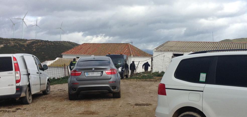 Matan a un hombre de una paliza durante un posible secuestro múltiple en Casares