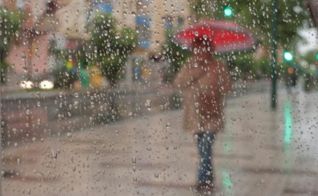 Activan el aviso naranja en Málaga para este jueves por lluvias y fuertes rachas de viento