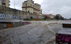 El temporal deja ya cien litros, pero pasa de largo por los embalses del Guadalhorce