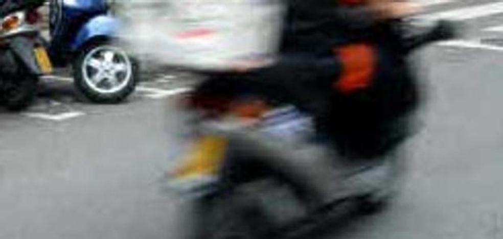 Seis detenidos, tres de ellos menores, por robar con violencia a repartidores de comida rápida en Alhaurín el Grande