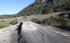 Fomento se compromete a mejorar la carretera que une la Serranía de Ronda con Cádiz