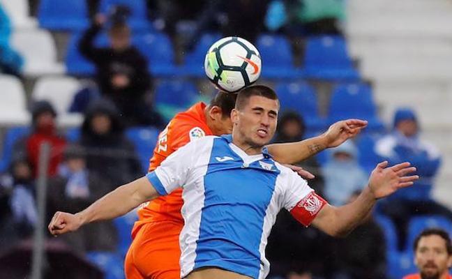 El Leganés huye del peligro y hunde más al Málaga