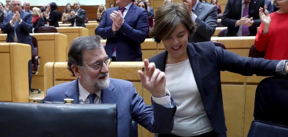Rajoy se desmarca de la «huelga a la japonesa» que propone Tejerina para el 8-M