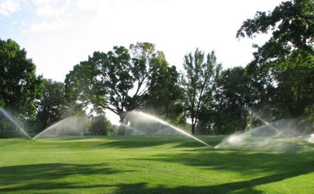 El uso de agua de los campos, «residual»