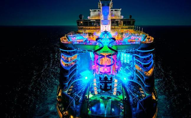 Málaga acoge la presentación del Symphony of the Seas, el crucero más grande del mundo