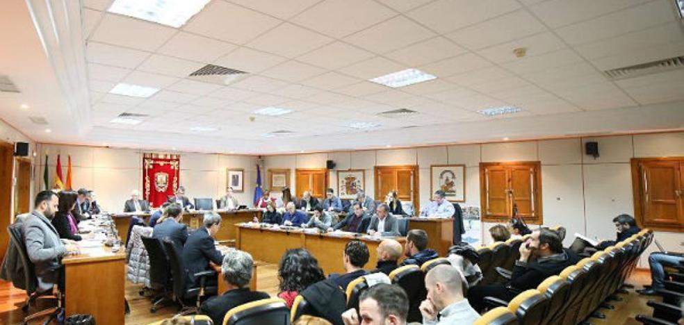 Gobierno y oposición se pasan la pelota en la contratación de operadores de sala