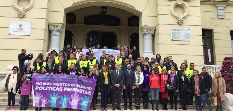 El Ayuntamiento de Málaga se queda vacío en la jornada de paro
