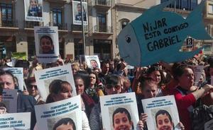 Miles de personas se unen a la familia de Gabriel para pedir que vuelva a casa