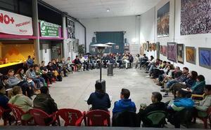 Profesores interinos convocan dos semanas de huelga contra la inestabilidad laboral