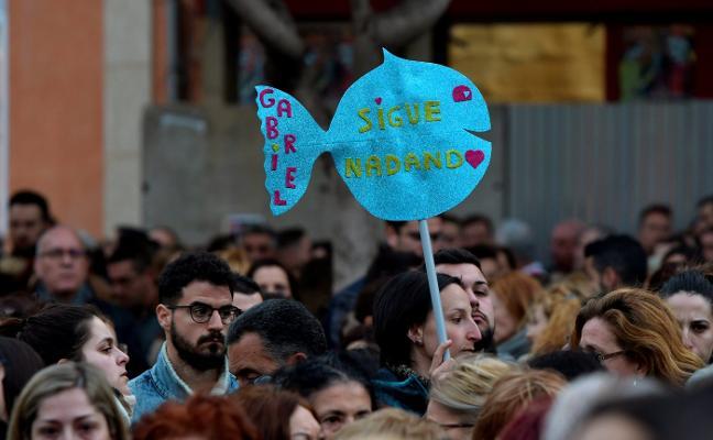 Un tsunami de mensajes de apoyo, tristeza y rabia inunda las redes sociales
