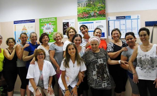 La UMA crea un grupo para fomentar la rehabilitación tras un cáncer de mama