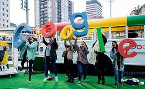 El autobús de Google hace parada en Málaga: estas son sus actividades formativas gratuitas
