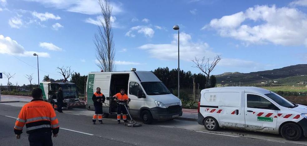 Vélez-Málaga pone en marcha un plan especial de limpieza de cara a la Semana Santa