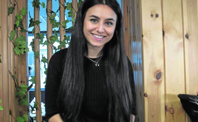 Ana Ortíz: «Para llegar a vivir de YouTube hace falta mucho tiempo y esfuerzo»