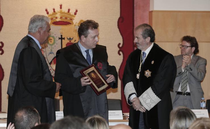 El letrado malagueño Javier Cremades recibe el premio Jurista del Año de la World Jurist Association