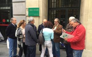 Una treintena de asociaciones y colectivos reclaman un hospital en la zona este de Málaga