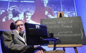 El penalti perfecto de Stephen Hawking