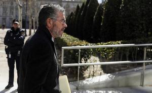 Granados aporta facturas falsas y dice que podrían haber financiado campañas del PP