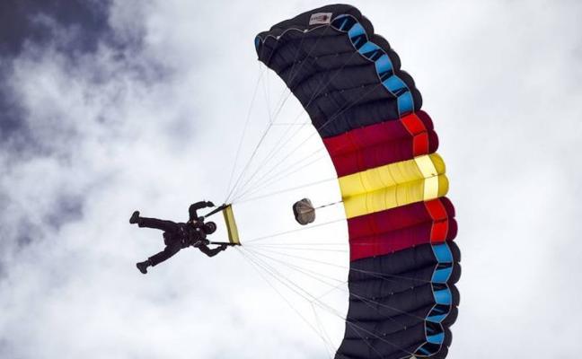 Así será la exhibición de la Brigada Paracaidista el Miércoles Santo de Málaga 2018