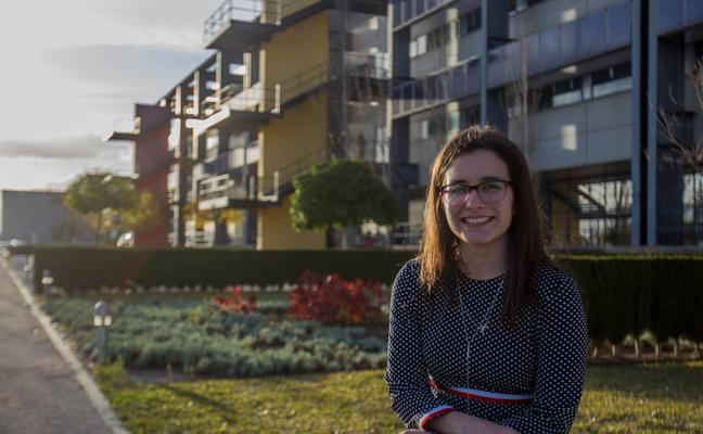 Aida Auñón, mejor alumna de la UMA en ingeniería: «Nada impide que una mujer sea una buena ingeniera»