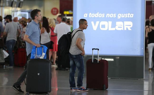 El aeropuerto mantiene el optimismo y ofrece 600.000 plazas más que el verano pasado