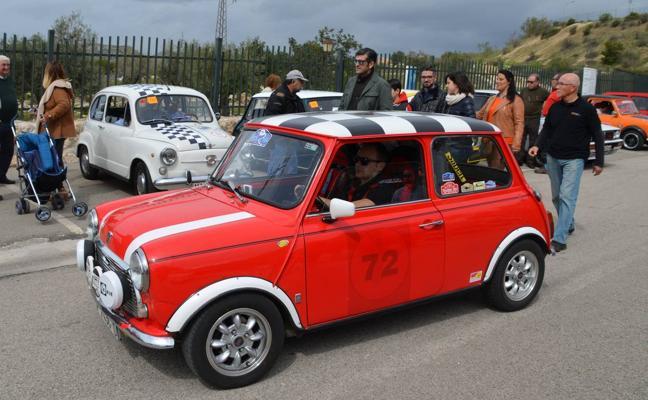 Los coches clásicos toman la Axarquía
