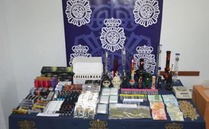 Nueve detenidos en Marbella por distribuir hachís y marihuana en un club social