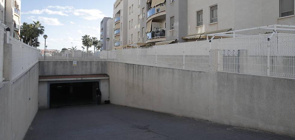 Detenido por clavar un punzón y golpear con una barra de hierro a su exmujer en Málaga
