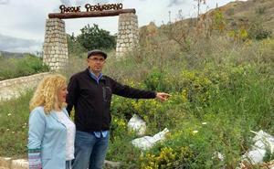 Zorrilla y Ramos se pasean por el Monte Coronado, que quieren sea parque periurbano