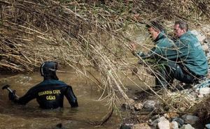 Desaparecido un guardia civil malagueño mientras rescataba a una pareja en un arroyo