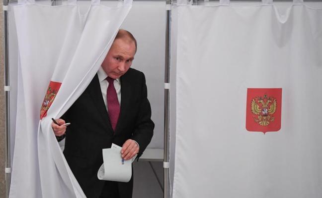 Putin ganaría las presidenciales con el 73,9% de los apoyos