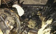 Detenido por incendiar el vehículo de la madre de un concejal de Rincón de la Victoria