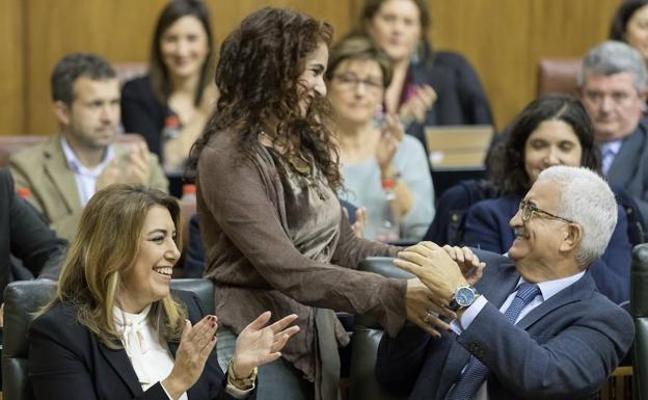Susana Díaz abandera desde hoy una propuesta de financiación inspirada en Podemos y apoyada por PP
