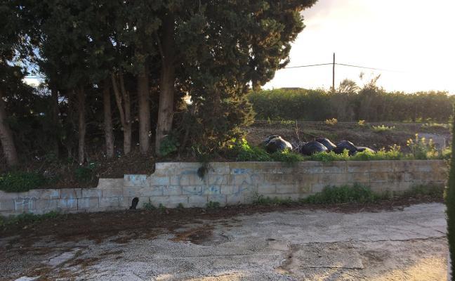 Vecinos de Cuatro Vientos denuncian el «deplorable» acceso a sus viviendas