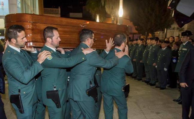 Abierta en Guillena la capilla ardiente del guardia civil malagueño fallecido en Sevilla