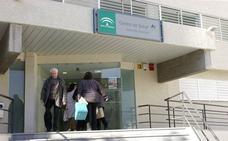 Solo tres centros de salud de Málaga desarrollan el programa de cribado del cáncer de colon